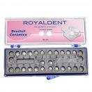 1 caso cerámica Roth 018 American Eagle-Royal Dent - 20 brackets con bola en caninos y premolares.